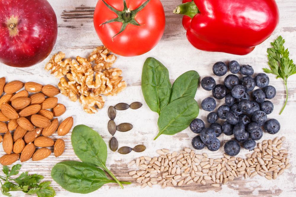 Vitamin E je skrytý bojovník. Kde a jak nám pomáhá?