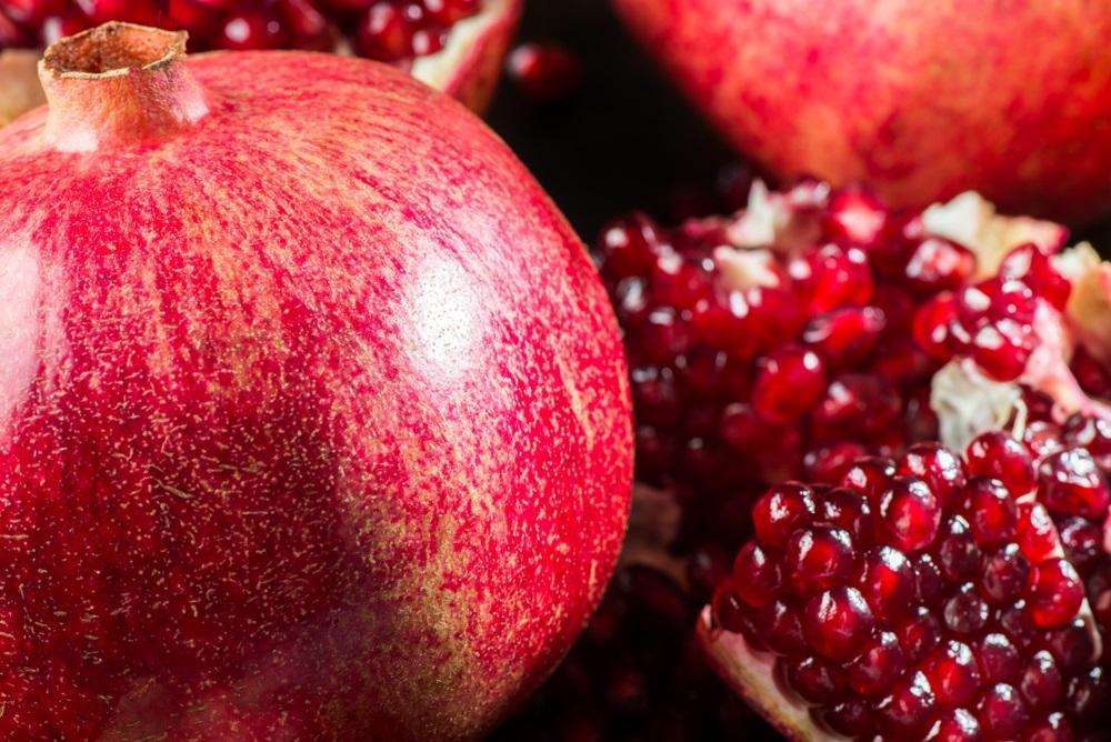 Zmírní záněty i zlepší metabolismus. Kouzla granátového jablka
