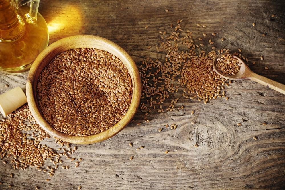 Podpoří zažívání a zmírní menopauzu. Zdravé tuky lněného semínka