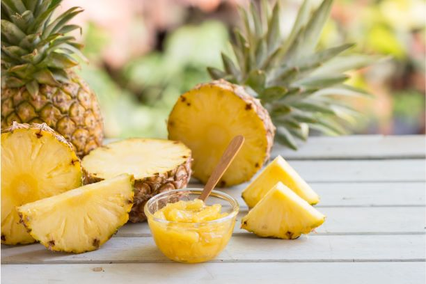 Ananas – snižuje zánět i bolest. Pomáhá s trávením, ale nehubne