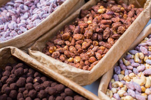 Ořechy v cukru