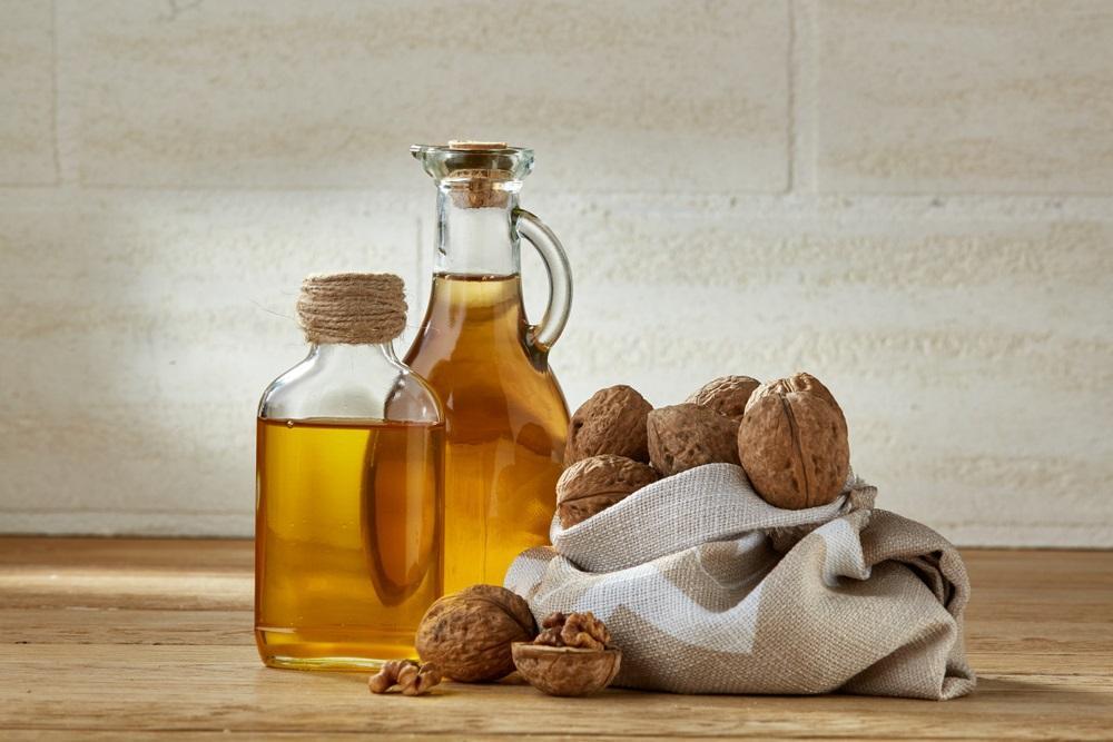 Netradiční oleje jsou ideální pro studenou kuchyni. Navíc obsahují i prospěšné biologicky aktivní látky