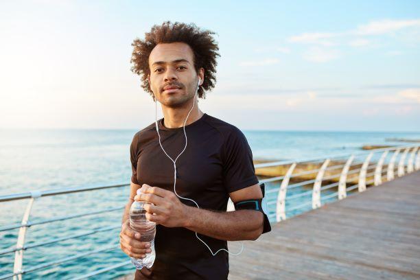 Iontové nápoje při sportu - ano, nebo ne? A jaké nápoje při sportu pít?