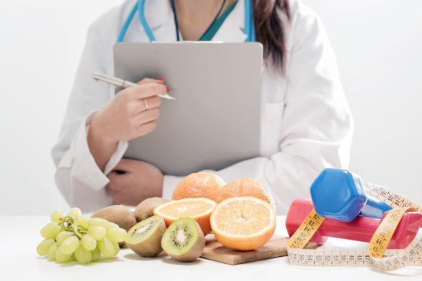Ani málo, ani moc - tak má fungovat zdravý imunitní systém. Jak ho podpořit výživou?