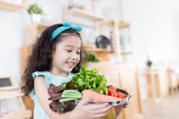 U dětí je to s vlákninou jinak. Jaký je její optimální příjem?