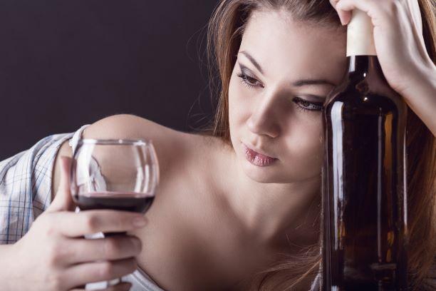 Drunkorexie