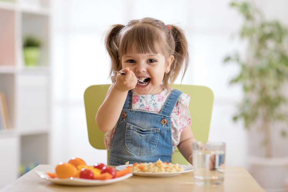 Dítě není malý dospělý. Proč je důležité se zajímat o jeho výživu?