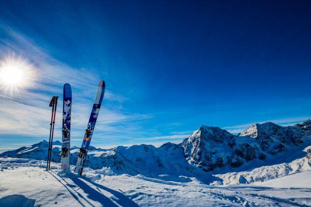 Jak si užít zimní sporty bezpečně a bez karambolů