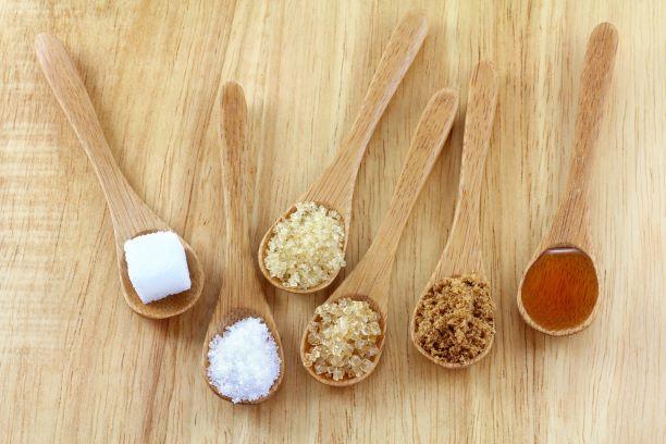 Cukry - sacharóza, glukóza, fruktóza. Kde se vyskytují a proč je máme omezovat?