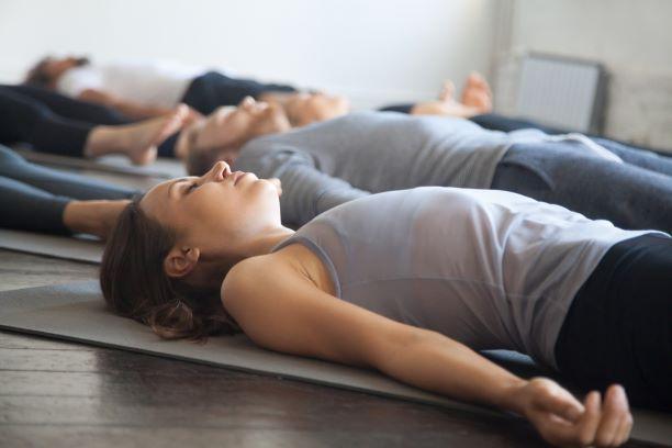 Relaxace uvolňuje napětí, pomáhá se soustředěním i zvládáním stresu | Vím,  co jím