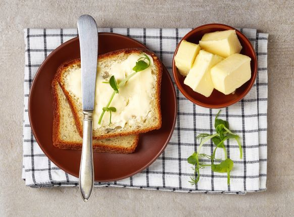 Másla, nemásla, margaríny, pomazánky. Jakou mají výživovou hodnotu?