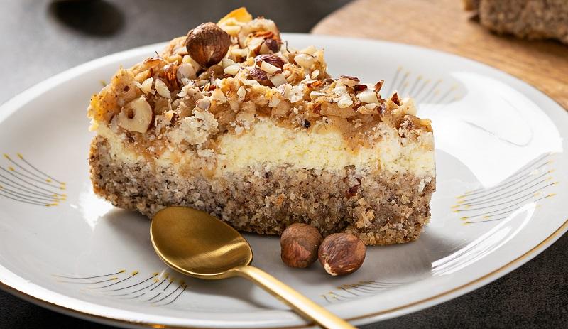 Ořechovo-jablečný dortík