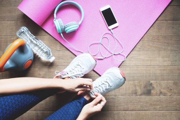 Sestavte si vlastní tréninkový plán pro cvičení doma i venku