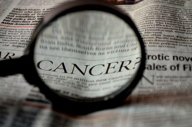 Výživa ovlivňuje riziko vzniku nádorového onemocnění. Rizikové faktory ve stravě.