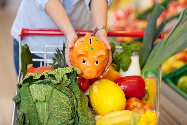 Nakupujte chytře. Základní potraviny mohou být zdravé i levné