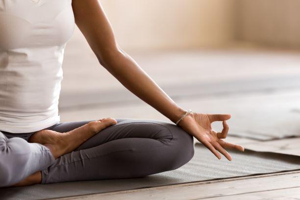 Naučte se jógový dech. Ovlivňuje činnost srdce, okysličení či detoxikaci