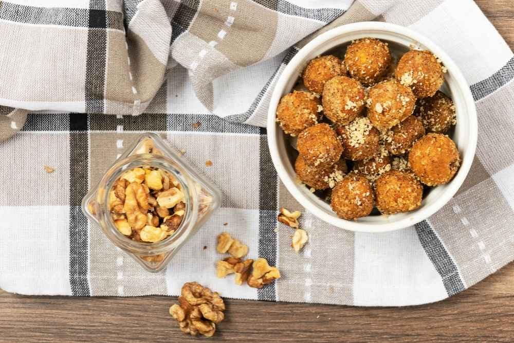 Dýňové kuličky s ořechy a čekankovým sirupem