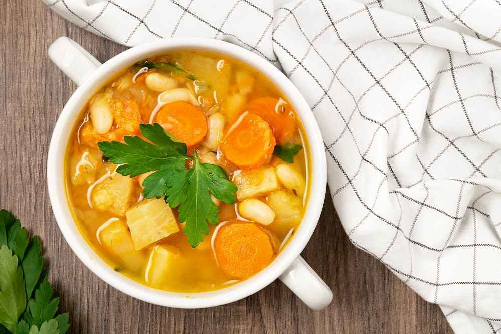 Výživná hrstková polévka