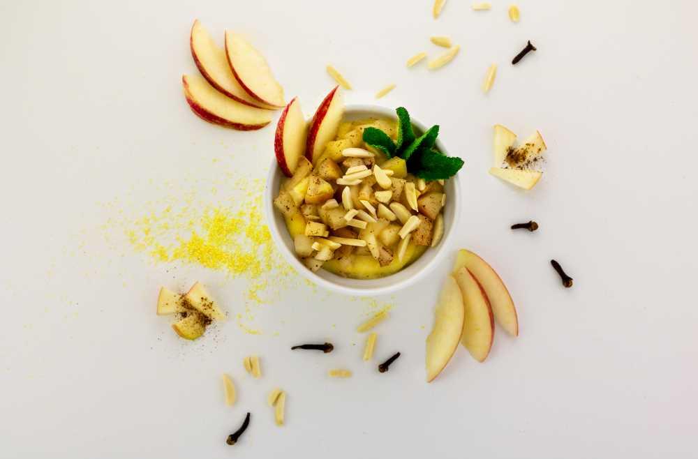 Polentová kaše s jablečným pyré
