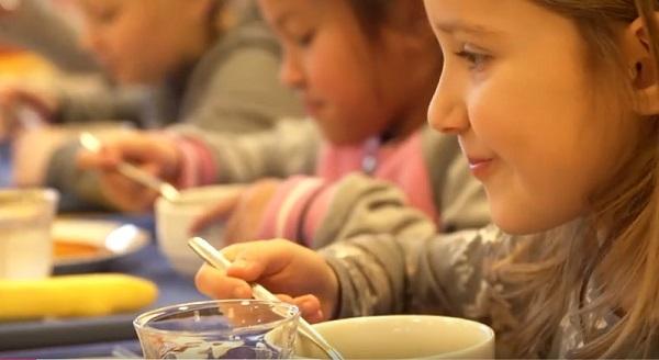 Fandíme zdravé - polévky do  zdravého stravování patří