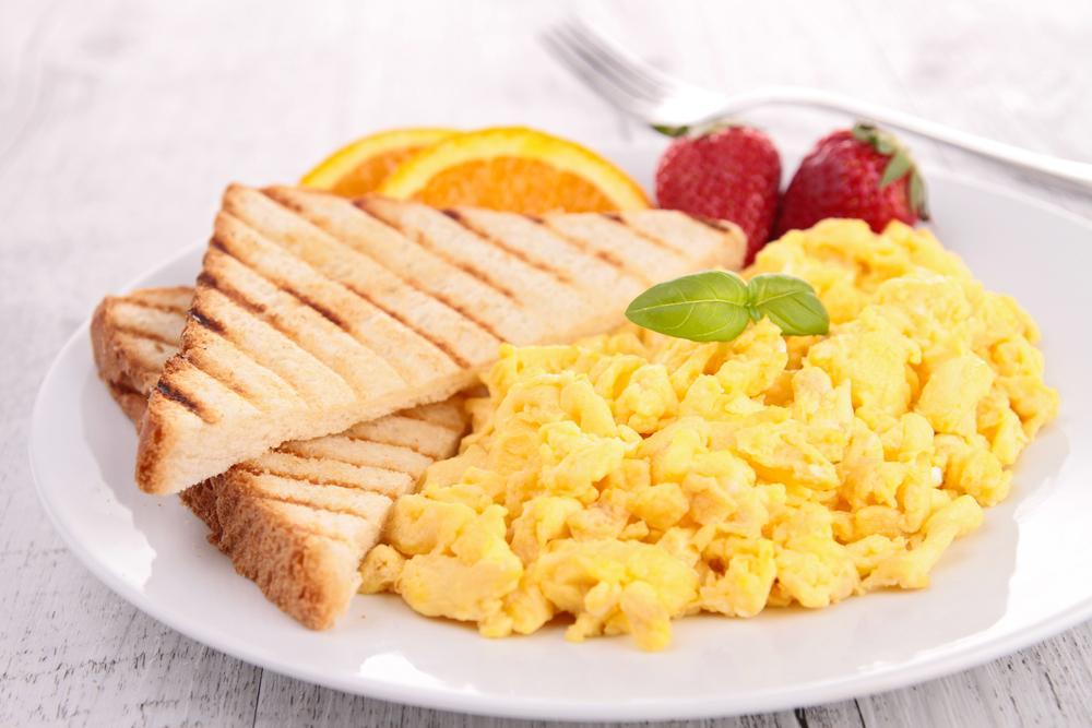 Zdravá snídaně nastartuje metabolismus celého dne