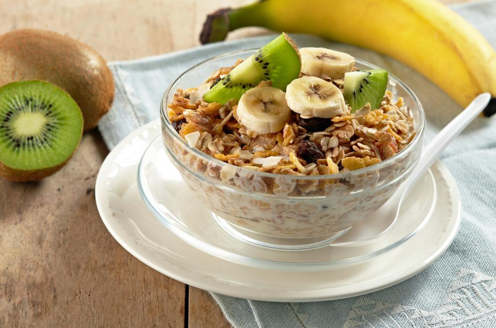 Nejlepší snídaně je domácí směs různých druhů vloček