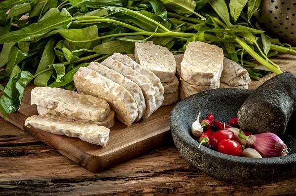 Tofu, tempeh, seitan a spol