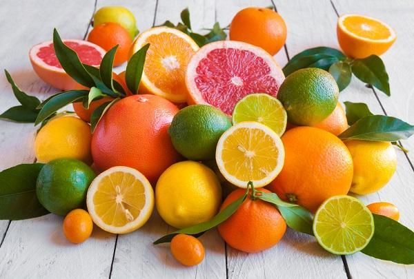 Citrusy - šťavnatá dužina pod tuhou kůrou