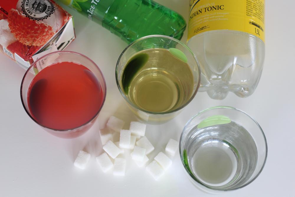 Nealko nápoje. Velká nálož energie v kostkách cukru