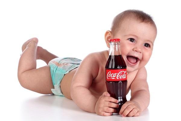 děti rády pijí sladké nápoje