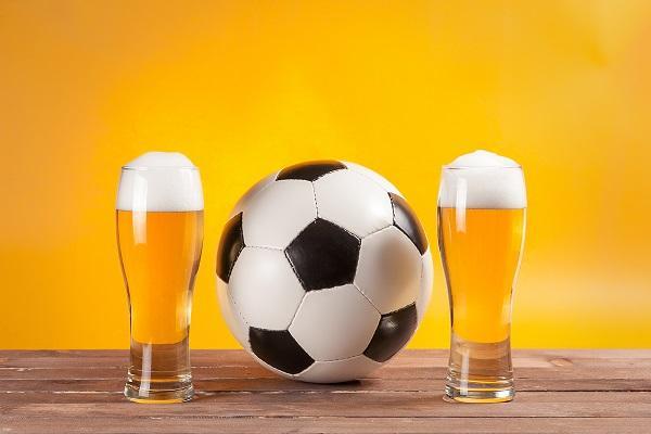 Pivo bez alkoholu, víno bez alkoholu, vitamín B, iontový nápoj