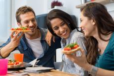 Večeři nedávejte nepříteli, snězte klidně dvě