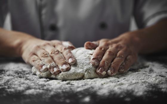 Jak pracovat s bezlepkovými moukami