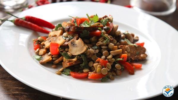 Recept: Čočkový chilli salát