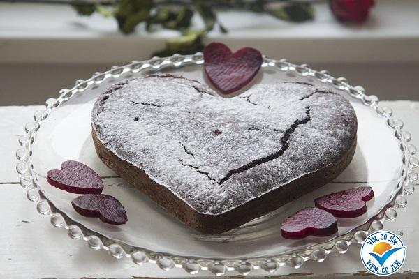 Valentýnský čokoládovo řepový koláč